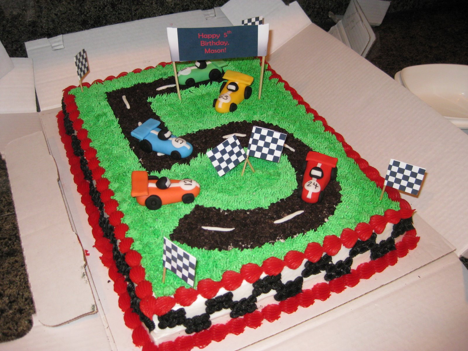 Cake Decorating Car Race Track : Cake ideas for Noah on Pinterest NASCAR, Nascar Cake and ...