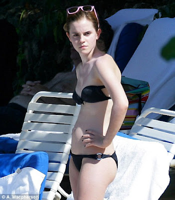 Emma Watson In Bikini hot Photos