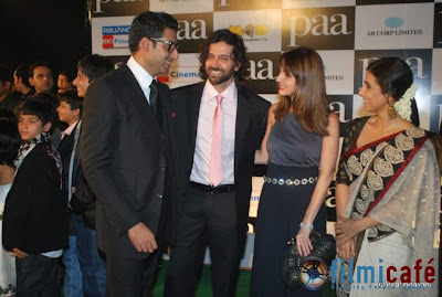 Paa Premier in shahrukh and gauri Photos