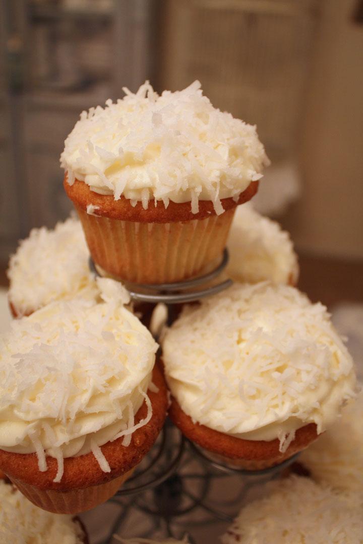 My Romantic Home Coconut Cupcakes