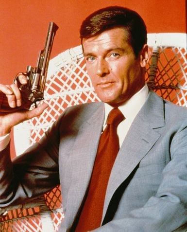 james bond roger moore - photo #22
