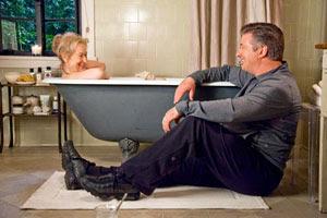 Meryl Streep y Alec Baldwin en No es tan fácil