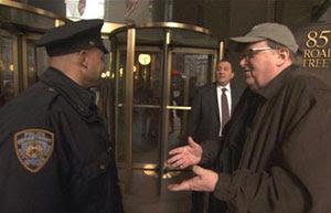 Michael Moore en Capitalismo: una historia de amor