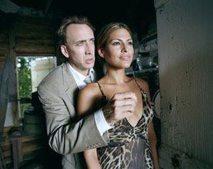 Nicolas Cage y Eva Mendes en Teniente corrupto (2009)