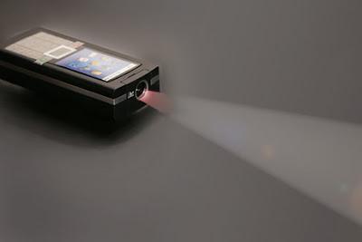 Logic Bolt's projector phone
