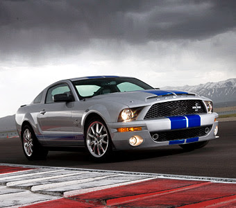 2010 Ford Shelby GT500 Pictures
