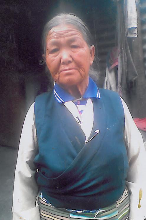 A Tibetan refugee from Kullu village