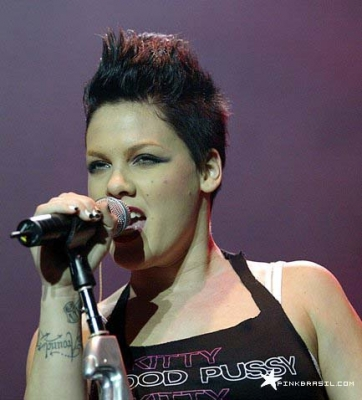 p!nk black hair  Posted by Pink Pictures