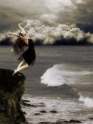 ''As vezes desejo cair...