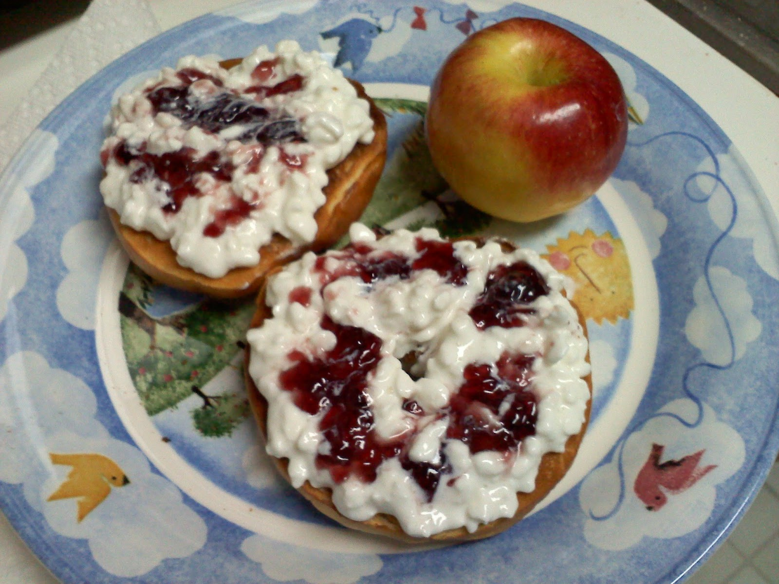http://4.bp.blogspot.com/_CfpkJwizQx8/TSTO110DPuI/AAAAAAAAAGw/Fw7CSZ6yw1Q/s1600/cottage+cheese+with+jelly.jpg