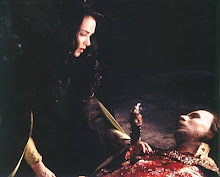 gary_oldman_and_winona_ryder_in_dracula_1992_153