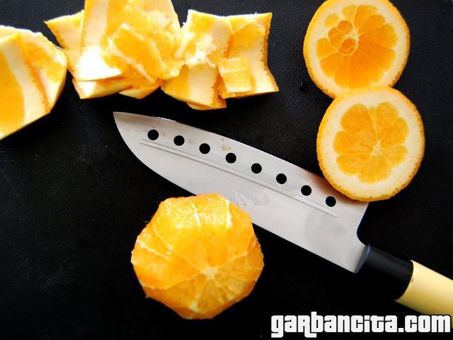 Naranjas cortadas a vivo