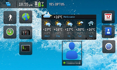 One of 4 desktops on the N900