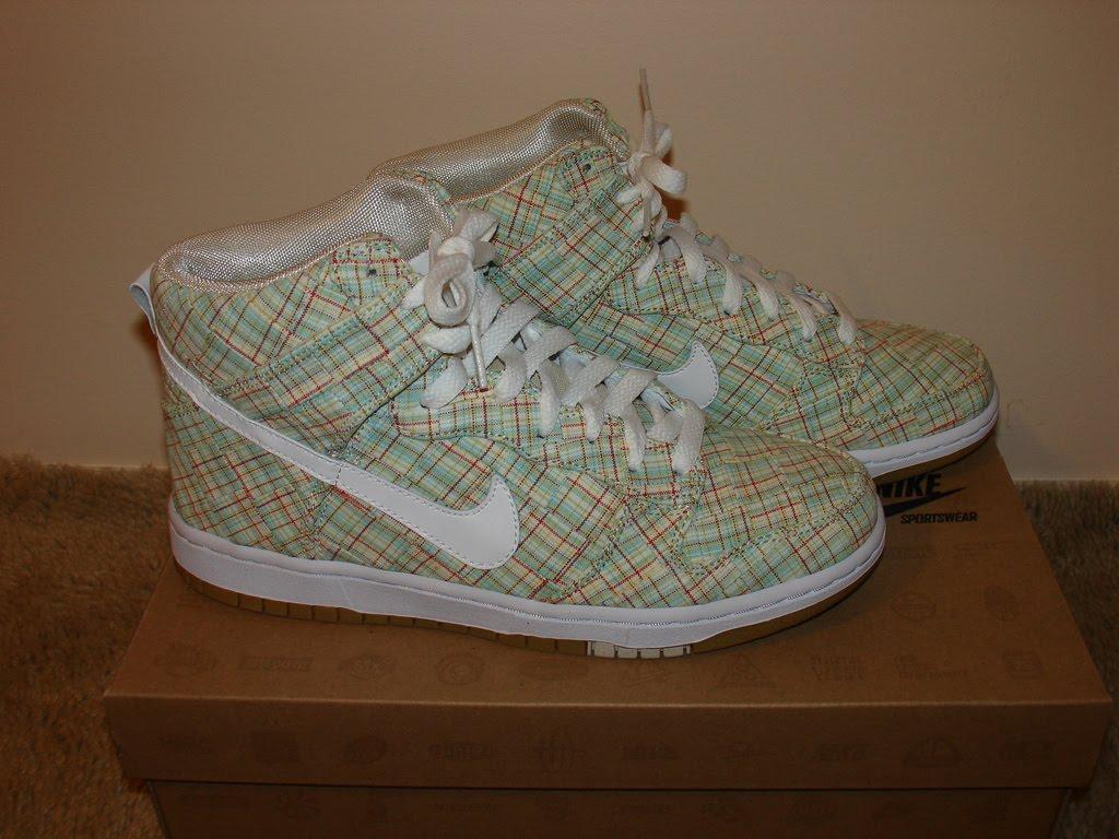 Nike Womens Court Majestic Running Trainers  Sneakers Shoes Fuschia