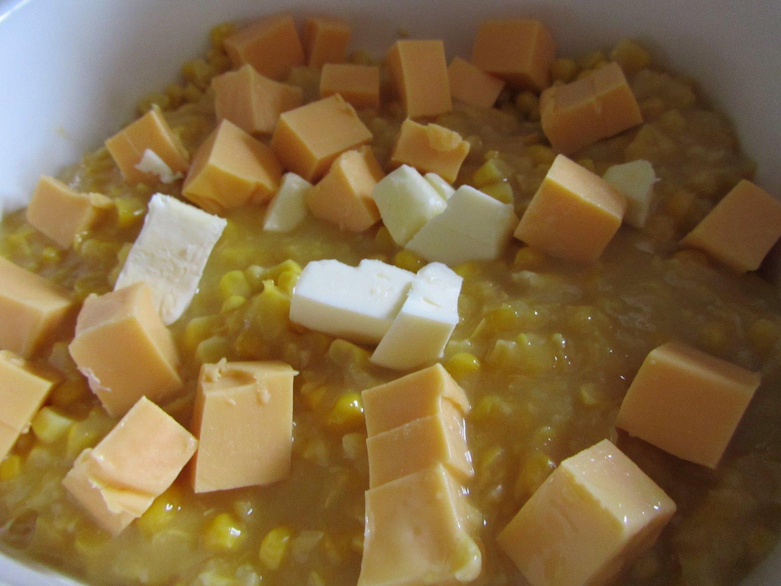 It's Yummy to My Tummy: Easy mac-n-cheesy corn casserole