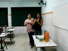 SURPRESA DA TURMA E PARA OS PROFESSORES ANIVERSARIANTES DO MES DE FEVEREIRO