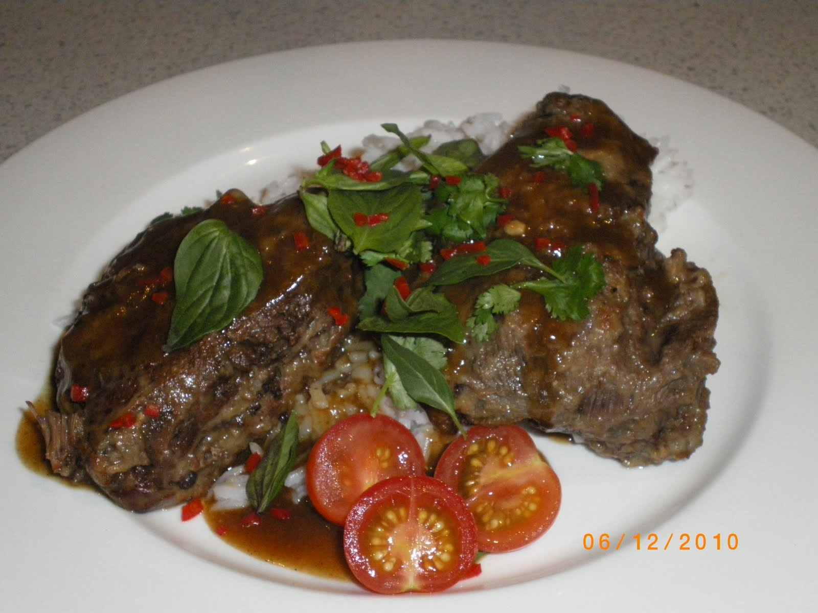 Cate Can Cook, So Can You!!: Thai Style Braised Beef Cheeks