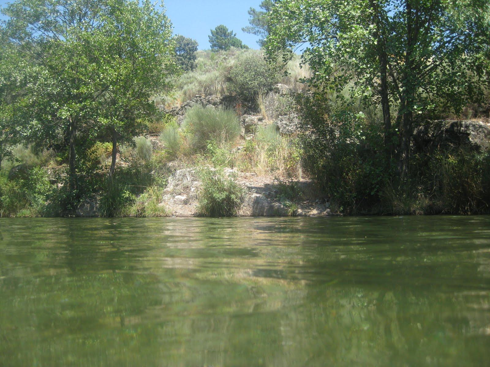 Al sur del sur piscinas naturales de la sierra de gata for Piscinas naturales horcajo de la sierra