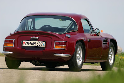 the driving philosopher tvr tuscan v8 a sixties supercar. Black Bedroom Furniture Sets. Home Design Ideas
