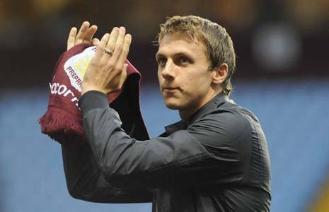 Stephen Warnock is an English football player