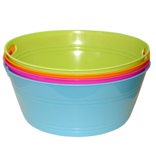 Plastic Wash Tub : Or a fantastic large canvas bin {wouldnt this look delish in a little ...