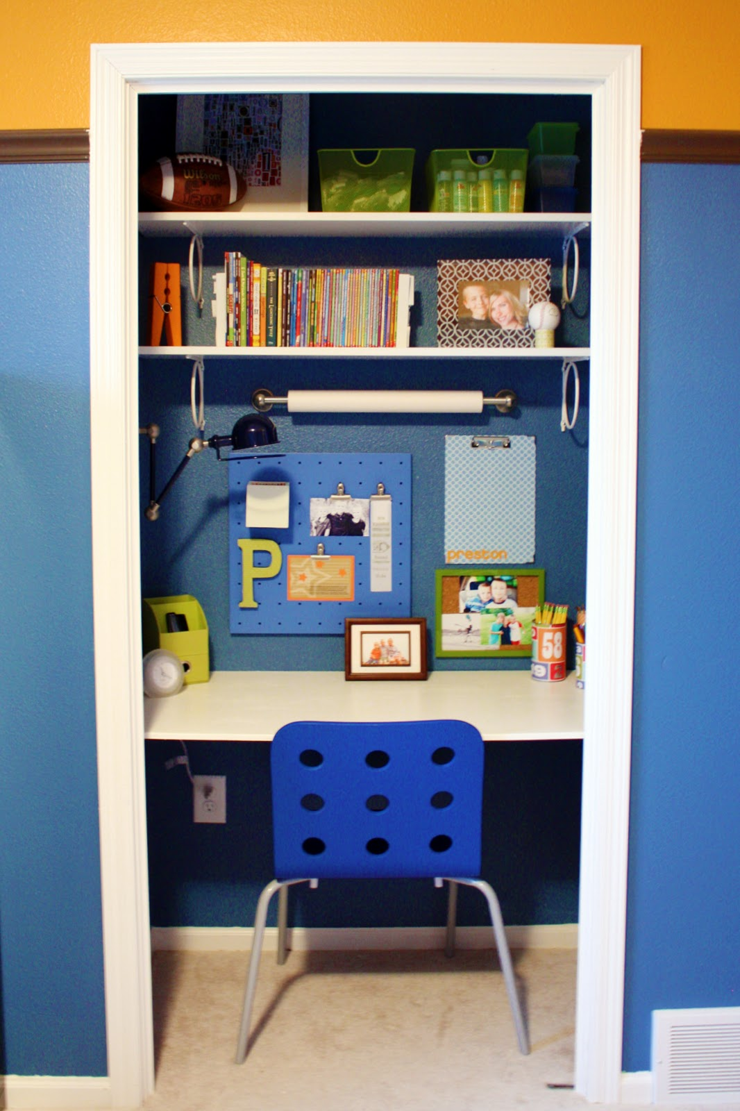 Small Desk For Small Bedroom Small Desk For Bedroom Wowicunet