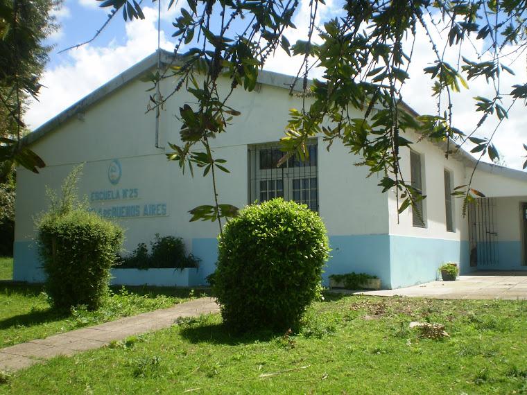 Escuela 25