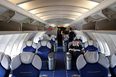 airlines pictur... United Airlines 777 Interior