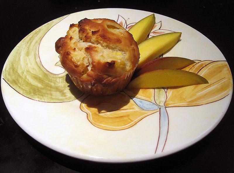 Workout then Cook!: Macadamia Mango Muffins
