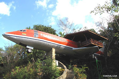 Amazing House in the Plane