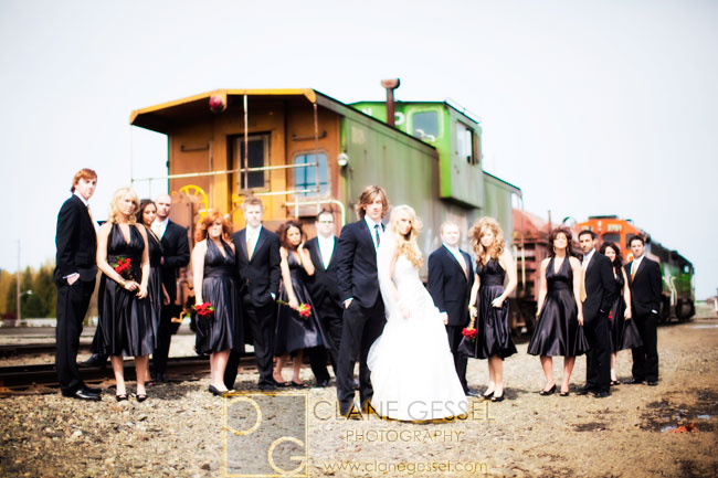 bridal party, creative bridal party wedding photos, black and gold wedding colors