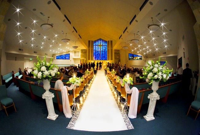 wide angle wedding photography, church wide angle wedding photographer clane gessel wedding ceremony, marriage