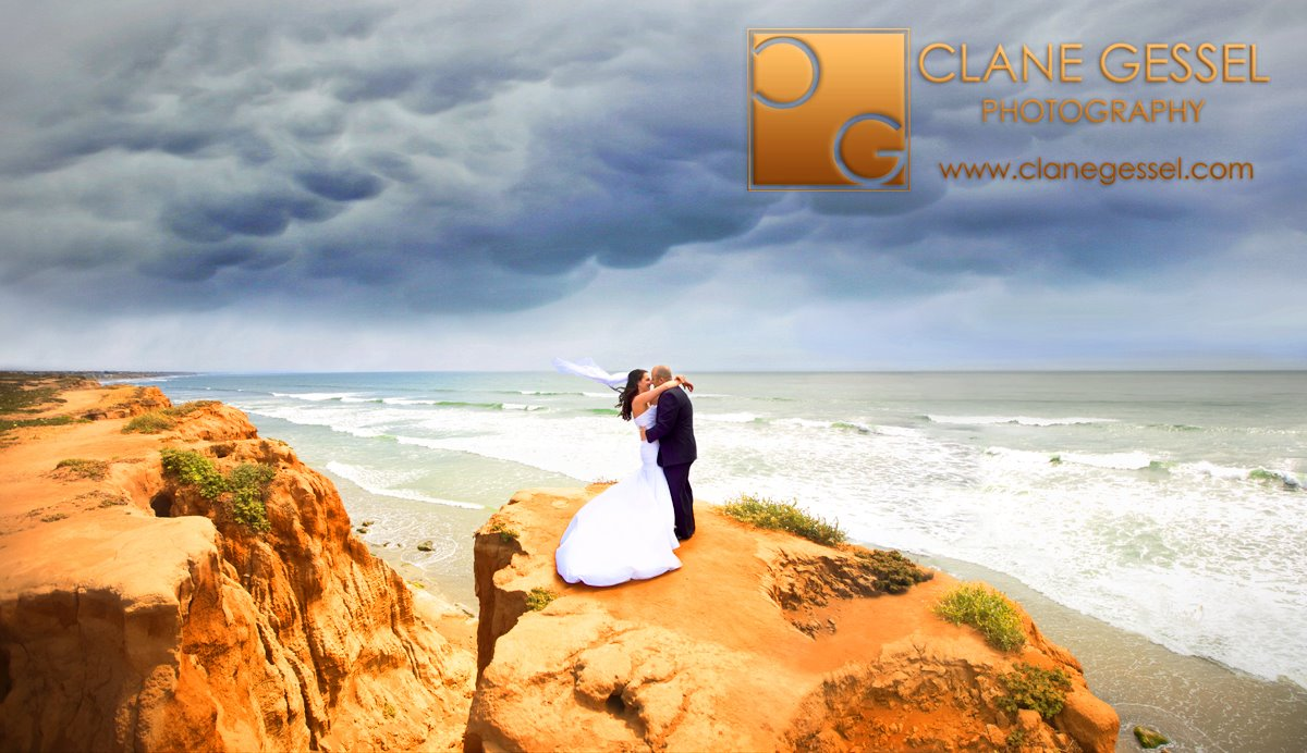 Carlsbad cliffs wedding couple near san diego, california