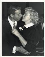 Marilyn Monroe+Joe DiMaggio