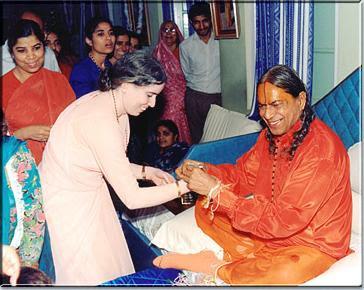 Kripaluji Maharaj and Kripalu Maharaj Divine