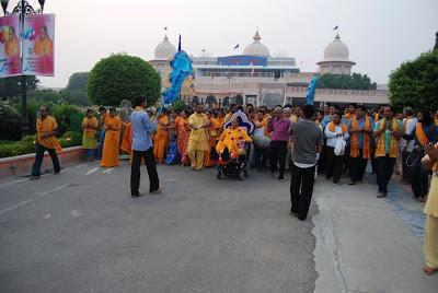 Barsana Dham Hindu Temple founded by Jagadguru Kripaluji Maharaj 10