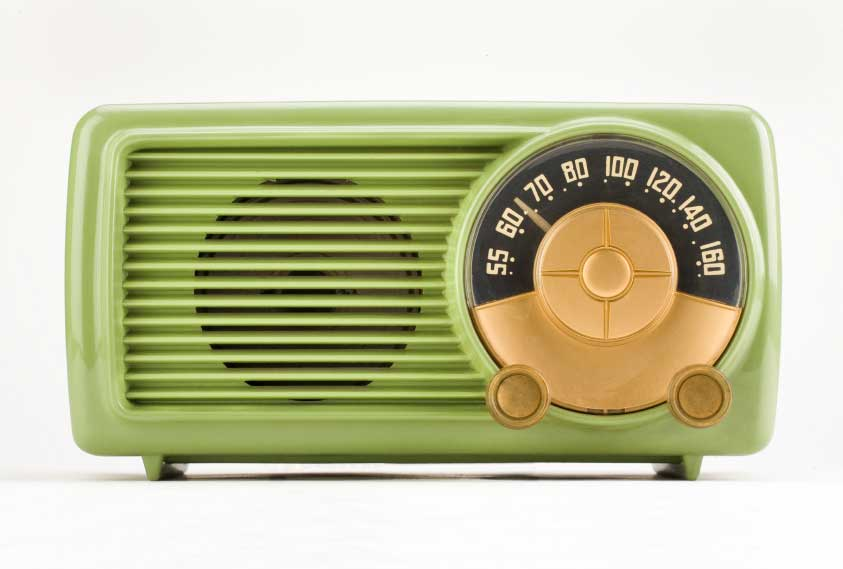 bakelite radios colors green radios vintage bakelite retro radios green bakelite vintage. Black Bedroom Furniture Sets. Home Design Ideas