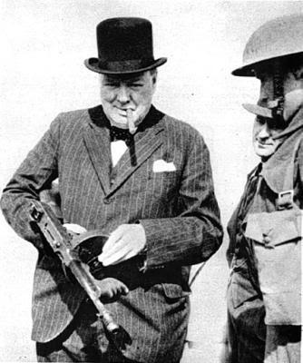 http://4.bp.blogspot.com/_CsNAB1sCKNg/S1LYN4gMj-I/AAAAAAAAF2A/hxfu3J2FZ-U/s400/Churchill+Tommy+Gun.jpg