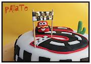 Gâteau dessin animé Cars. Pour les 5 ans de Raphaël (sousdrapeauredim)