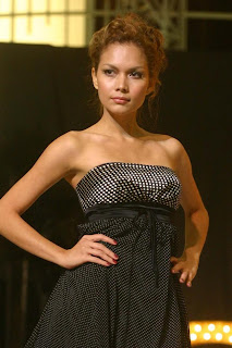indonesian model, model indonesia, alanis weber