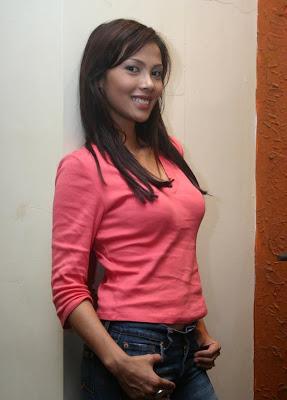 Nadya Mulya
