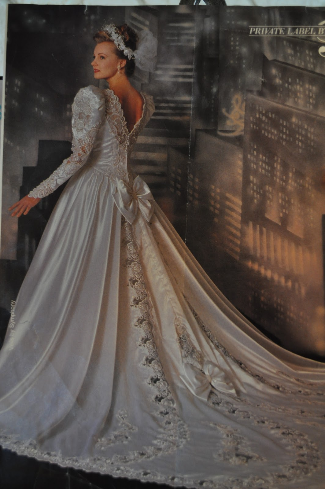 The further adventures of abby amp hayden 90 s wedding dresses