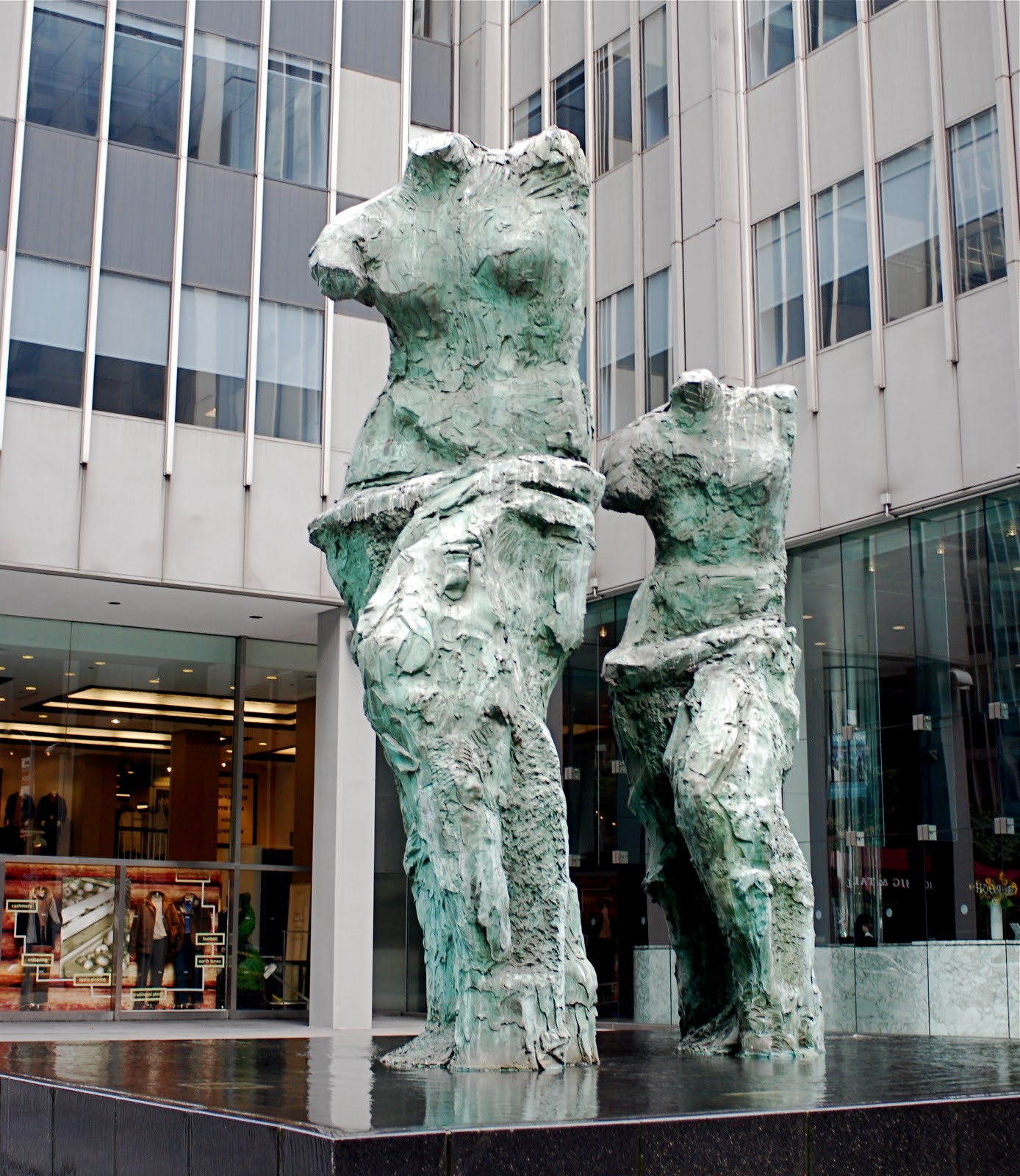 NYC ♥ NYC: Venus de Milo Sculptures by Jim Dine On Sixth ...