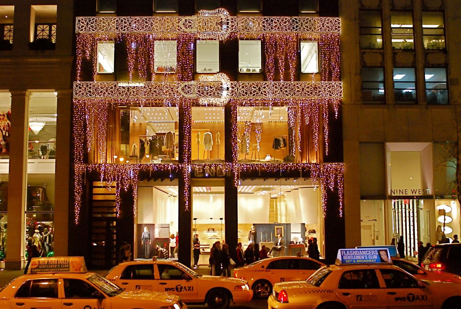 NYC ♥ NYC: Fifth Avenue Christmas Holiday Window Displays: FENDI