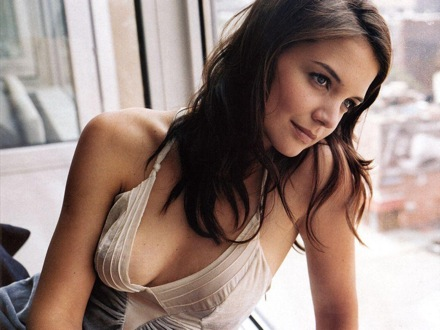 Katie Holmes  on Katie Holmes Hot Photos   Most Happening And Funny Things In The World