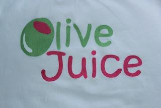 http://4.bp.blogspot.com/_CxIylLrIt7M/TUL3FOUB0PI/AAAAAAAAA8w/ohtCGHEJnzk/s640/Olive+Juice.jpg