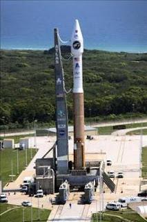 La NASA inicia la búsqueda de un sitio de descenso y de agua en la Luna. EFE