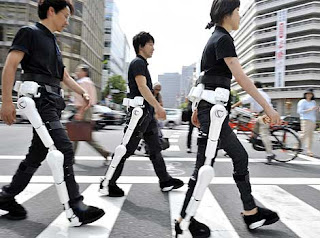 Un esqueleto mecánico para mejorar la movilidad. AFP