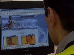 Imagen de la desmantelación de una red de pornografía infantil. EFE