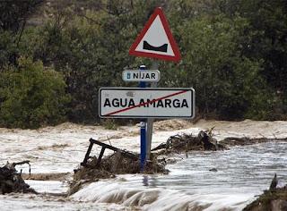 El temporal obliga a cerrar ocho carreteras en Almería - FRANCISCO BONILLA